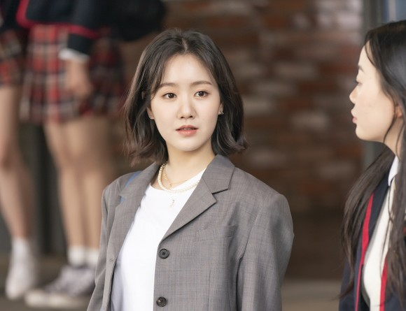 'Siêu phẩm truyền hình' Hàn Quốc trở lại ảnh 1