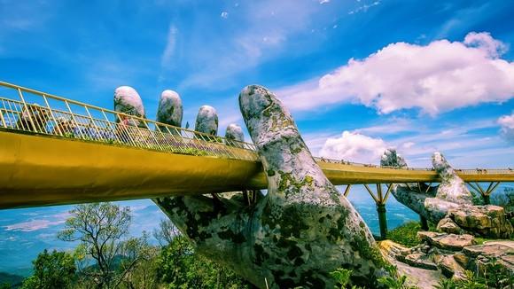 Đà Nẵng và Vietravel Việt Nam ký kết hợp tác phát triển du lịch ảnh 1
