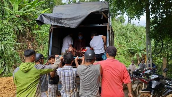 Thảm họa sạt lở vùi lấp người ở Trà Leng, Trà Vân: Tìm được 14 thi thể, 14 người chưa tìm được ảnh 21