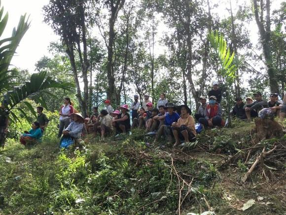 Thảm họa sạt lở vùi lấp người ở Trà Leng, Trà Vân: Tìm được 14 thi thể, 14 người chưa tìm được ảnh 8
