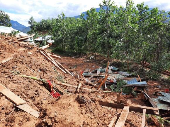 Thảm họa sạt lở vùi lấp người ở Trà Leng, Trà Vân: Tìm được 14 thi thể, 14 người chưa tìm được ảnh 12