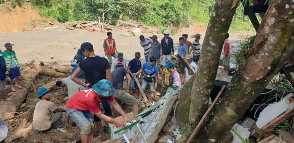 Thảm họa sạt lở vùi lấp người ở Trà Leng, Trà Vân: Tìm được 14 thi thể, 14 người chưa tìm được ảnh 10