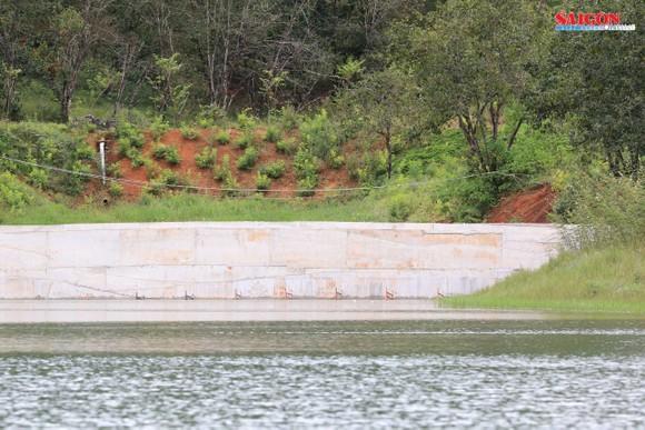 Ngang nhiên xây kè 30m ngăn hồ Tuyền Lâm - Đà Lạt ảnh 2