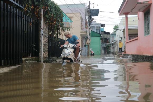 Đà Lạt mưa dữ dội kèm mưa đá, nhiều nơi ngập nặng ảnh 10