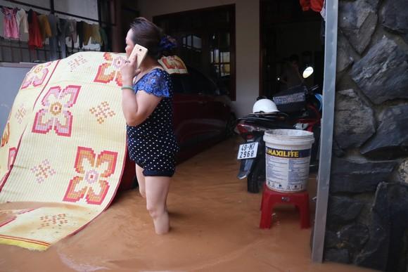Đà Lạt mưa dữ dội kèm mưa đá, nhiều nơi ngập nặng ảnh 2