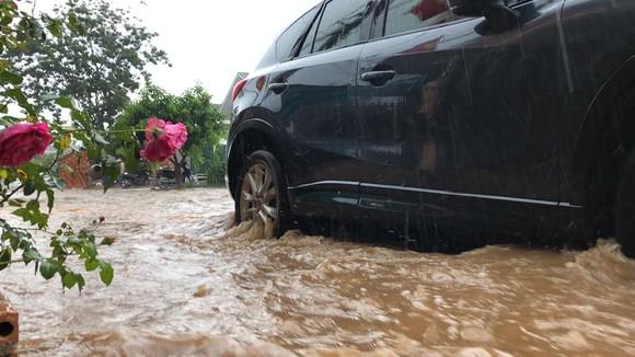 Đà Lạt mưa dữ dội kèm mưa đá, nhiều nơi ngập nặng ảnh 13
