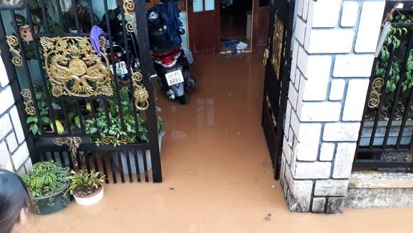 Đà Lạt mưa dữ dội kèm mưa đá, nhiều nơi ngập nặng ảnh 5