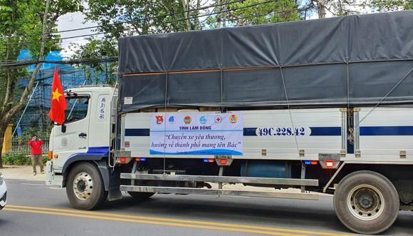 Lâm Đồng gửi rau, củ, quả, nhu yếu phẩm tiếp sức TPHCM chống dịch ảnh 3
