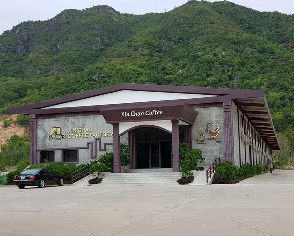 Các showroom đón khách Trung Quốc tại Nha Trang 'thách đố' chính quyền ảnh 2