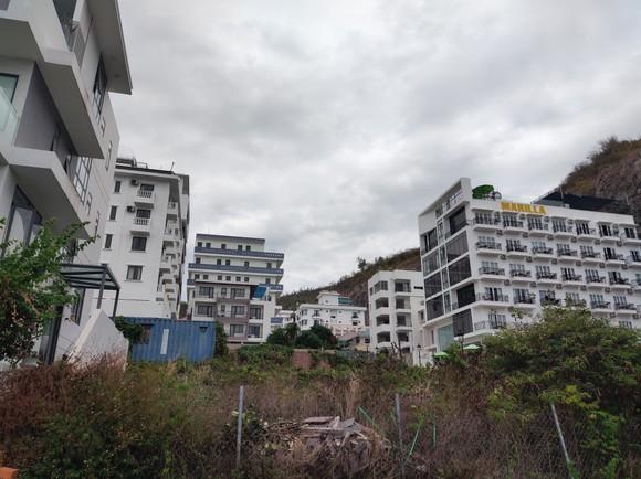 Hết hạn tháo dỡ công trình sai phạm tại Ocean View Nha Trang, sao dự án vẫn ung dung hoàn thiện? ảnh 2
