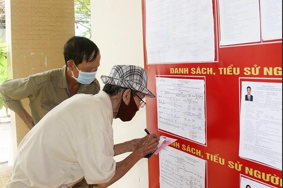 Tỷ lệ cử tri Khánh Hòa bỏ phiếu đại biểu Quốc hội và HĐND các cấp đạt 99,56% ảnh 1