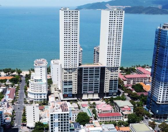Cựu Chủ tịch UBND tỉnh Khánh Hòa Nguyễn Chiến Thắng bị khởi tố thêm tội danh liên quan dự án 'đất vàng' ảnh 1