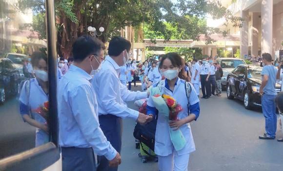 Khánh Hòa xuất quân hỗ trợ Phú Yên chống dịch Covid-19 ảnh 1