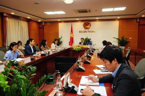 Bộ trưởng công thương Việt Nam hội đàm trực tuyến với Úc và Mỹ về vấn đề gì? ảnh 3