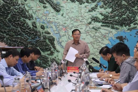 Bão số 6 đi vào đất liền Quảng Nam - Quảng Ngãi, bão số 7 đang hình thành ngoài khơi ảnh 4