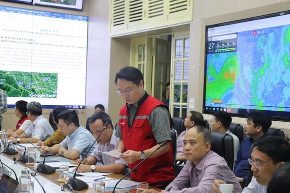 Ít nhất 63 người chết và mất tích do mưa lũ ảnh 1