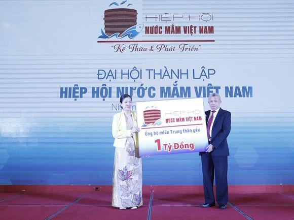 Cùng ngày ra mắt Hiệp hội Nước mắm Việt Nam và Hiệp hội Nước mắm truyền thống Việt Nam ảnh 1