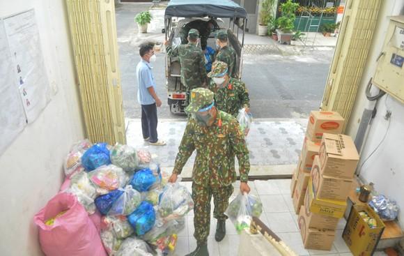 Bộ NN-PTNT: Nguồn cung lương thực, thực phẩm dư so với nhu cầu ảnh 4