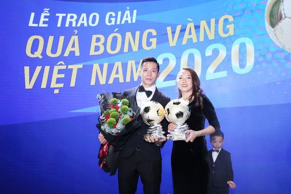 Văn Quyết đoạt Qủa bóng vàng Việt Nam khiến thầy Park thêm… áp lực ảnh 1