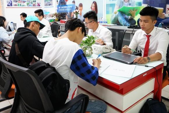 Trường ĐH Kinh tế Tài chính điểm trúng tuyển từ 18-22 điểm  ảnh 1