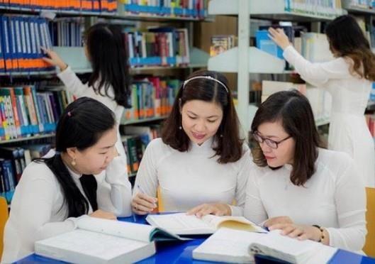 Trường ĐH Công nghiệp Thực phẩm TPHCM khánh thành thư viện hơn 20 tỷ đồng ảnh 2