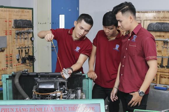 Trường ĐH Nguyễn Tất Thành tổ chức kỳ thi riêng – Tăng cơ hội trúng tuyển cho thí sinh ảnh 1
