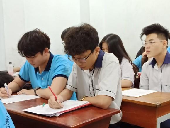 Thí sinh đăng ký dự thi tốt nghiệp THPT năm 2021 đến ngày 11-5  ảnh 3