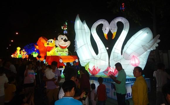 Dừng tổ chức một trong những lễ hội Trung thu lớn nhất Việt Nam ảnh 1