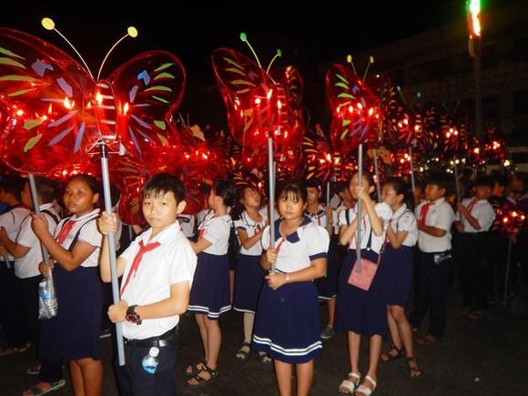Dừng tổ chức một trong những lễ hội Trung thu lớn nhất Việt Nam ảnh 2