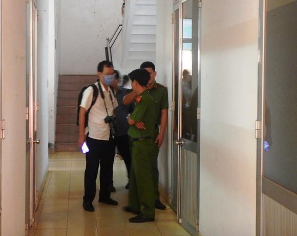 Khởi tố, bắt tạm giam các nguyên lãnh đạo, nhân viên Văn phòng Đăng ký đất đai và Chi cục Thuế TP Phan Thiết ảnh 2
