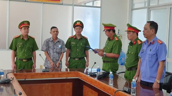 Khởi tố, bắt tạm giam các nguyên lãnh đạo, nhân viên Văn phòng Đăng ký đất đai và Chi cục Thuế TP Phan Thiết ảnh 3
