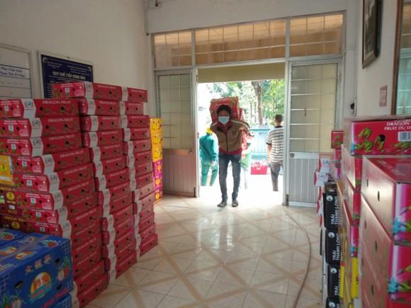 Bình Thuận đưa nước mắm, cá khô, thanh long,.. đến người dân TPHCM và tỉnh Bình Dương ảnh 2