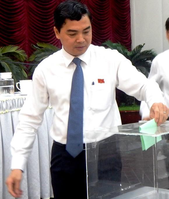 Chủ tịch HĐND và Chủ tịch UBND tỉnh Bình Thuận tái đắc cử  ảnh 1