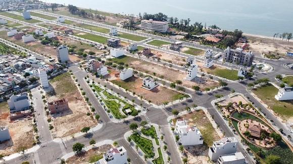 Tạm đình chỉ giải quyết nguồn tin tội phạm liên quan 9 dự án bất động sản 'khủng' ở Bình Thuận ảnh 1