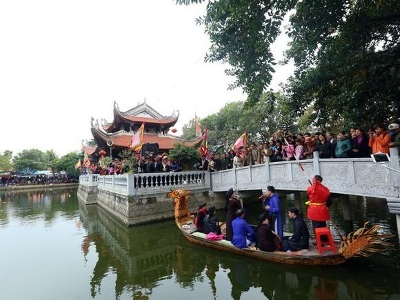 A Quan Ho performance on boat (Source: VNA)