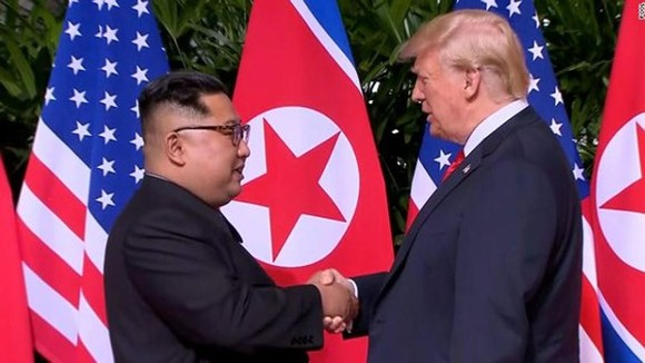 DPRK Chairman Kim Jong-un and US President Donald Trump at the first DPRK-USA summit in Singapore in June 2018 (Source: CNN)