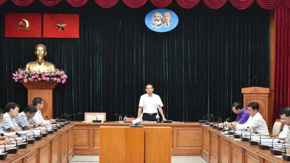 Mr. Tran Luu Quang delivers a speech directing implementation of the second metro line Ben Thanh-Tham Luong (Photo: SGGP)