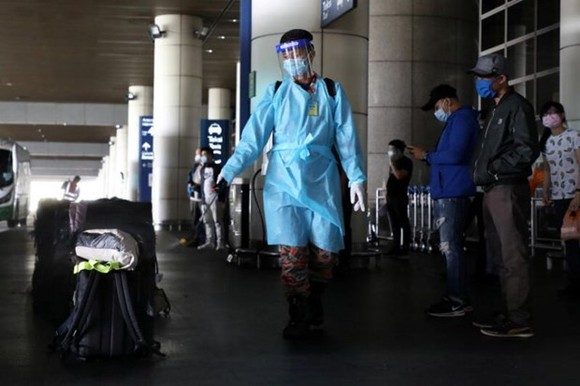 The decision to shorten the quarantine period was based on the latest scientific evidence and practices in other countries. (Photo: Reuters)
