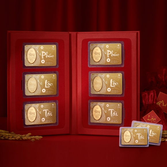 Gold products made for the God of Wealth Day which falls on February 21 this year. (Photo: VNA)