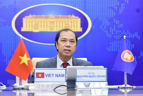 Vietnamese Deputy Minister of Foreign Affairs Nguyen Quoc Dung (Photo: VNA)