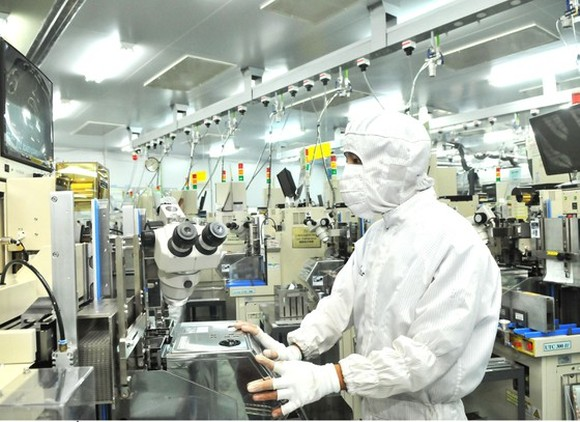 Electronic component production at Japanese MTEX Company in Tan Thuan Export Processing Zone in HCMC (Photo: SGGP)