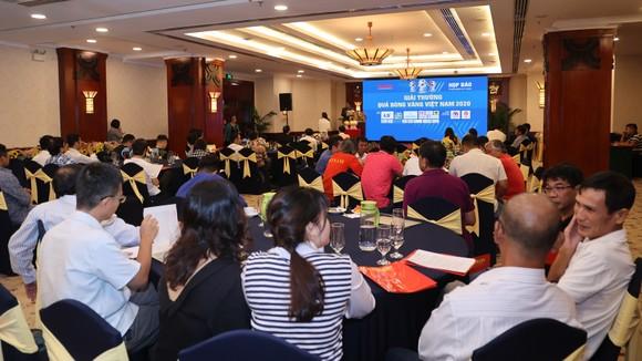 Họp báo công bố kế hoạch tổ chức Giải thưởng Quả bóng Vàng Việt Nam 2020 ảnh 3