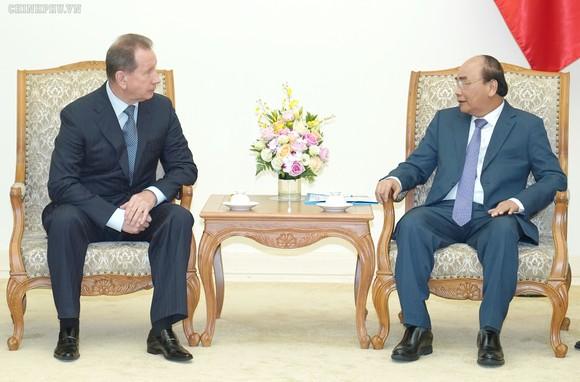Thủ tướng Nguyễn Xuân Phúc tiếp Đại tướng Zolotov Victor Vasilyevich, Giám đốc Cơ quan VBQG LB Nga. Ảnh: VGP
