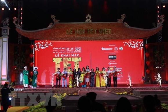 Nghi thức khai mạc Lễ hội Tết Việt 2021. Ảnh: TTXVN