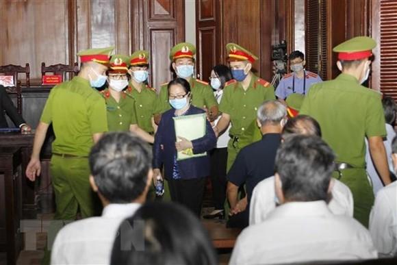 Bị cáo Dương Thị Bạch Diệp tại phiên tòa. Ảnh: TTXVN