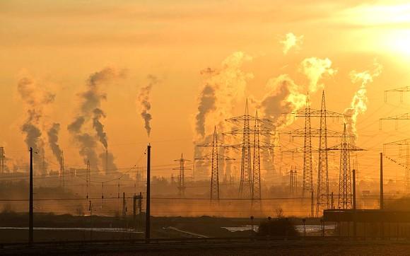 Các nhà đầu tư tài chính phải báo cáo đầy đủ về dự án liên quan đến biến đổi khí hậu. Ảnh: Reuters