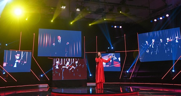 Đêm hòa nhạc kết nối 5 châu ủng hộ Quỹ vaccine thu hút hàng triệu khán giả trong ngoài nước ảnh 4