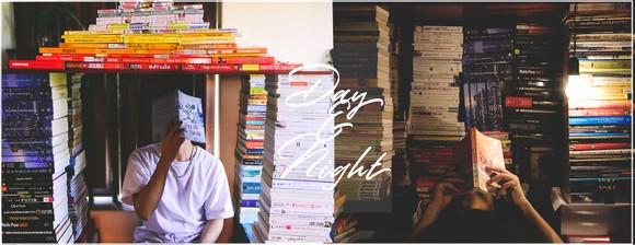 """Một trong những bức ảnh đồng giải nhì (không có giải nhất) trong cuộc thi """"Xếp sách theo màu"""" lần 2 do """"Hội yêu sách"""" tổ chức"""