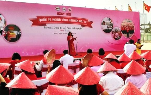 Sôi nổi các hoạt động hưởng ứng Ngày Quốc tế người tình nguyện ảnh 1
