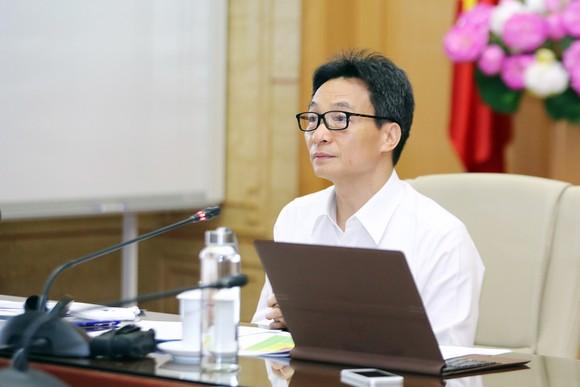 Đề xuất TPHCM ra khỏi nhóm nguy cơ cao, Hà Nội tiếp tục cách ly tới hết 30-4 ảnh 1